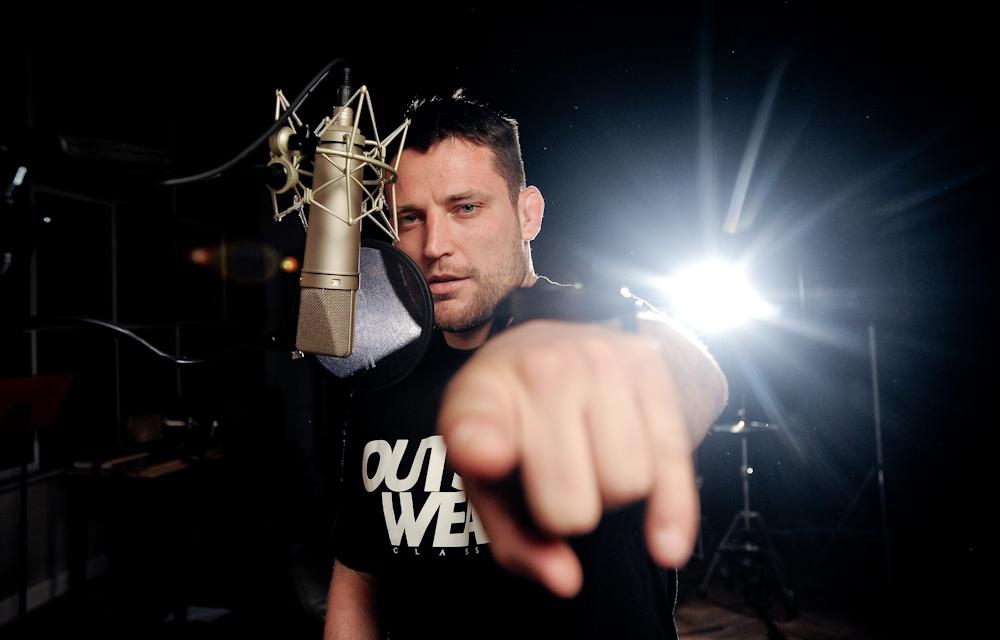"""Endefis – na planie klipu """"Nigdy Ci tego nie mówiłem"""" – 24.03.2012 (Foto: P. Tarasewicz)"""