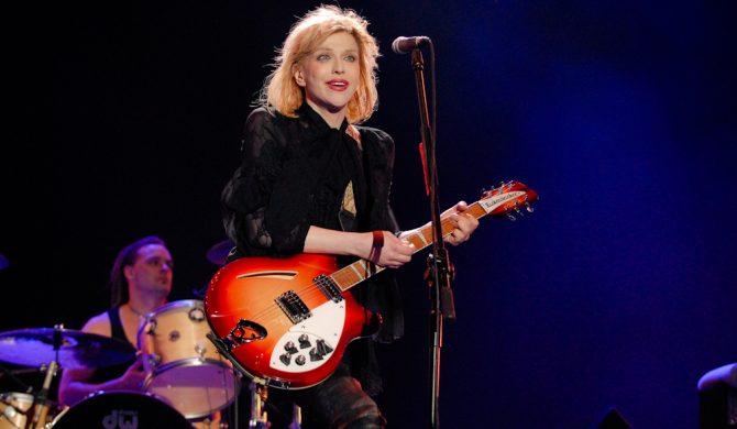 """Courtney Love na liście Jeffreya Epsteina. """"Mam nadzieję, że smaży się w piekle"""" – odpowiada wokalistka"""