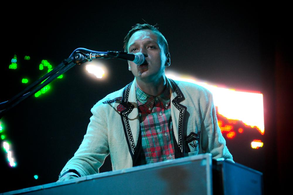 Arcade Fire zaprezentowali podwójny klip