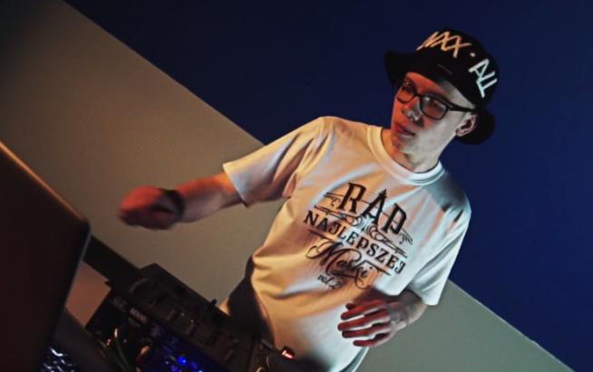 Step Records udostępnia wideo promomix najnowszej składanki