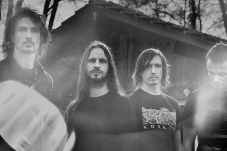 "Gojira z klipem do ""The Shooting Star"""