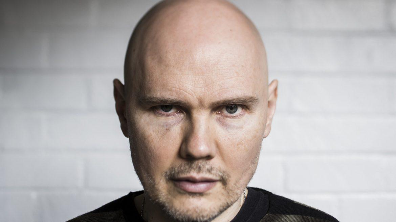 """Billy Corgan zapowiada """"coś wielkiego"""""""