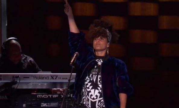 Alicia Keys zachwyciła swoim występem.