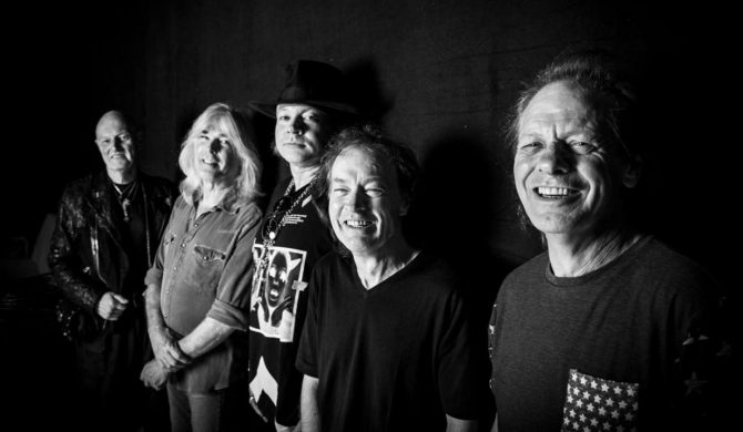 Cliff Williams żegna się z AC/DC