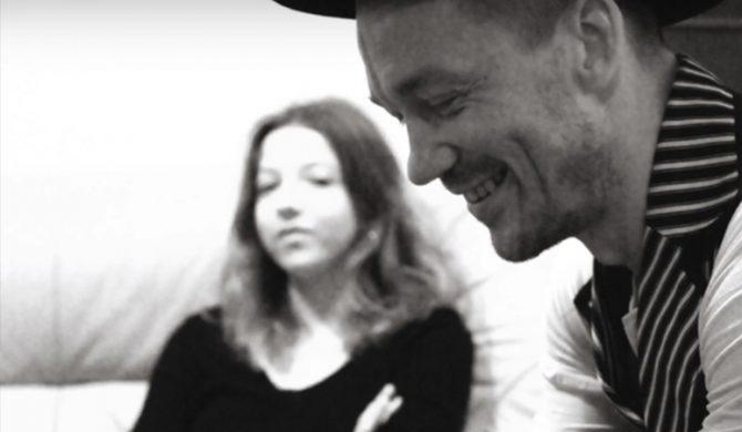 Justyna Święs z The Dumplings w singlu Wojtka Mazolewskiego (audio)