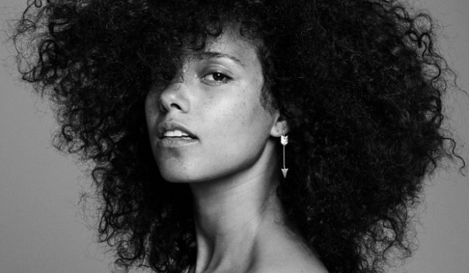 Alicia Keys na żywo u Fallona