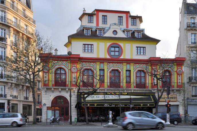 Rok po zamachu terrorystycznym paryski Bataclan szykuje się do ponownego otwarcia