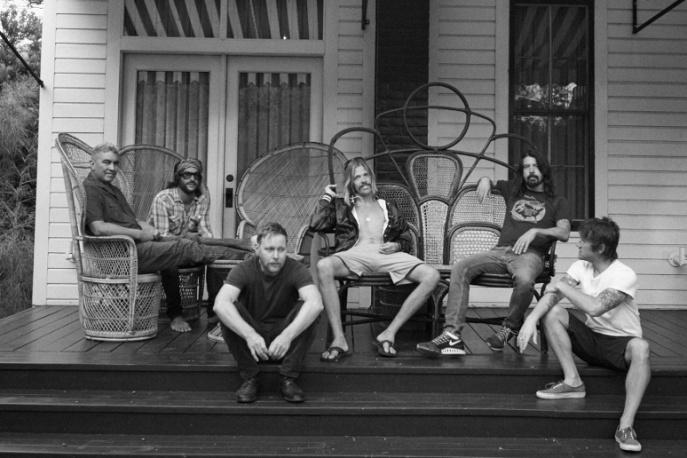 Perkusista Foo Fighters szykuje solowy materiał