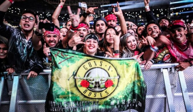 Guns N' Roses sprzedali milion biletów w 24 godziny