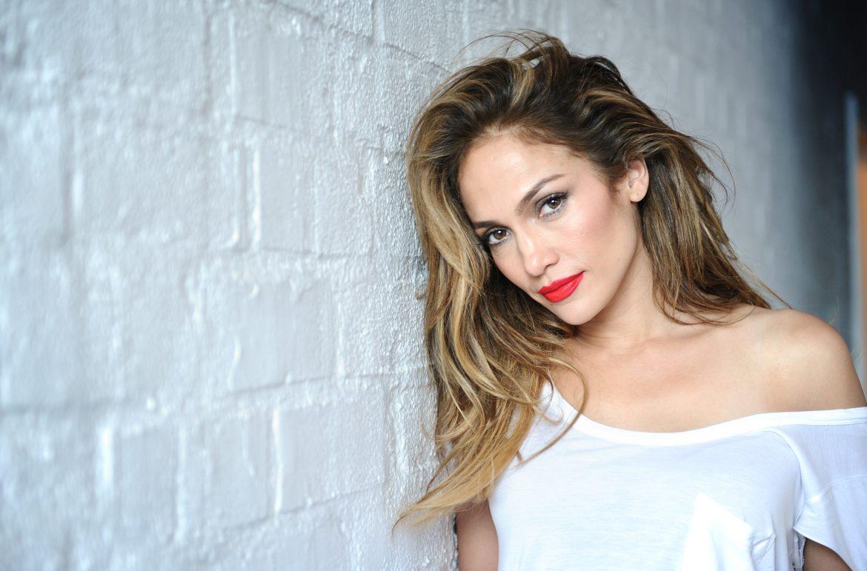 Producent hoverbardów pozwał Jennifer Lopez