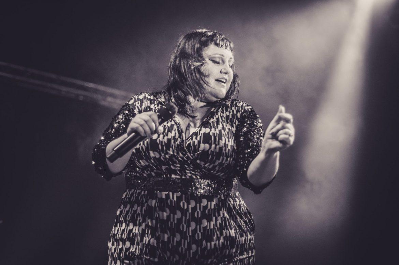 BETH DITTO – Progresja, Warszawa, 24.09.17 (foto: P. Tarasewicz)