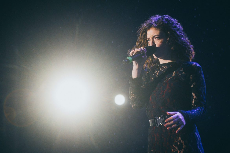 Kanye West i Kid Cudi ukradli Lorde koncertową scenografię?