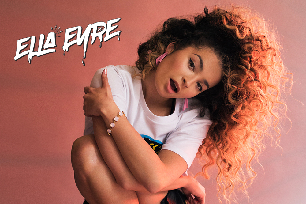 Ella Eyre headlinerem Blue Night