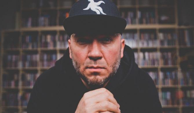 Vienio zaprosił na płytę rapowego weterana ze Stanów