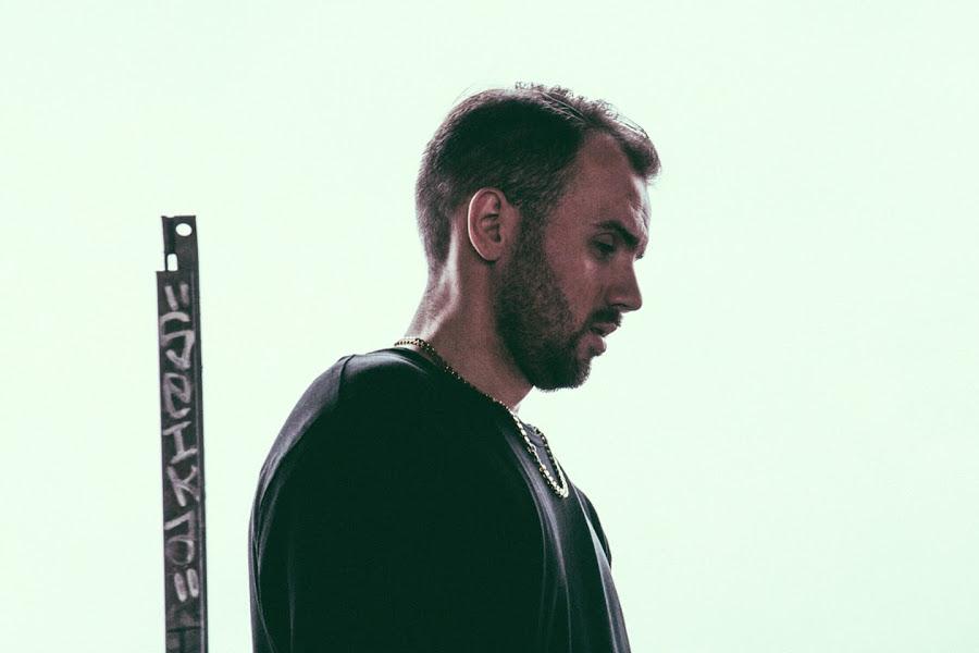 Emes Milligan z nowym singlem i klipem
