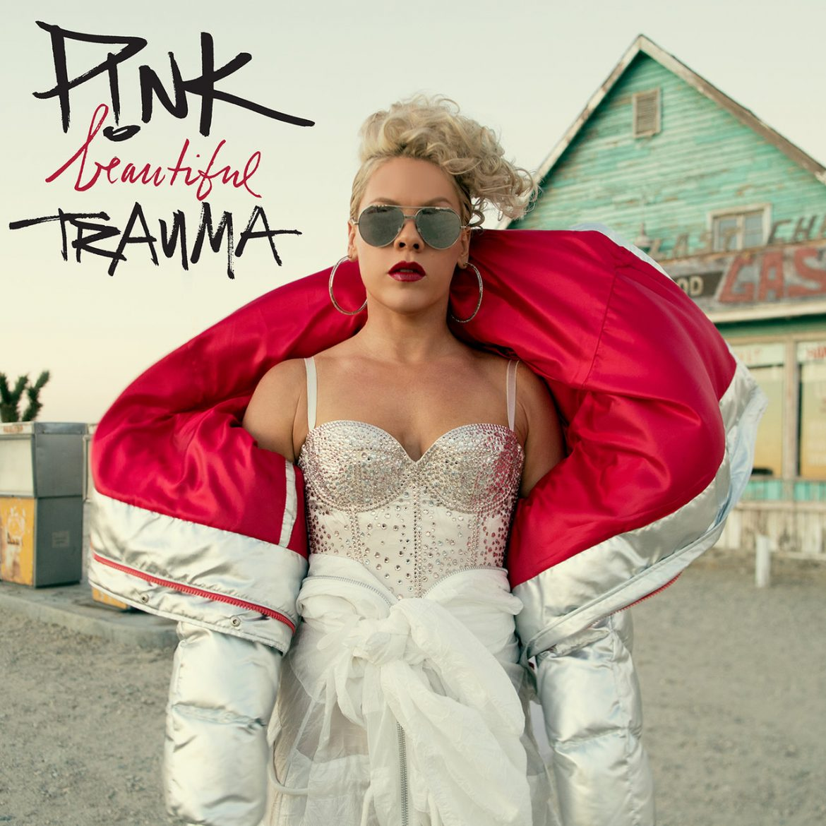 "P!nk – ""Beautiful Trauma"""