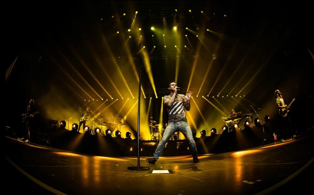 Wokalista Maroon 5 w hołdzie Chrisowi Cornellowi