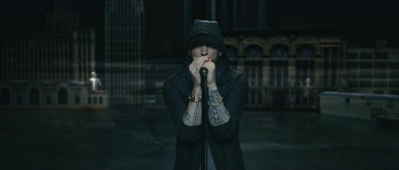 Eminem protestuje przeciw szerokiemu dostępowi do broni