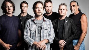 Chcesz posłuchać nowego singla Pearl Jamu? Musisz… skierować telefon w stronę księżyca