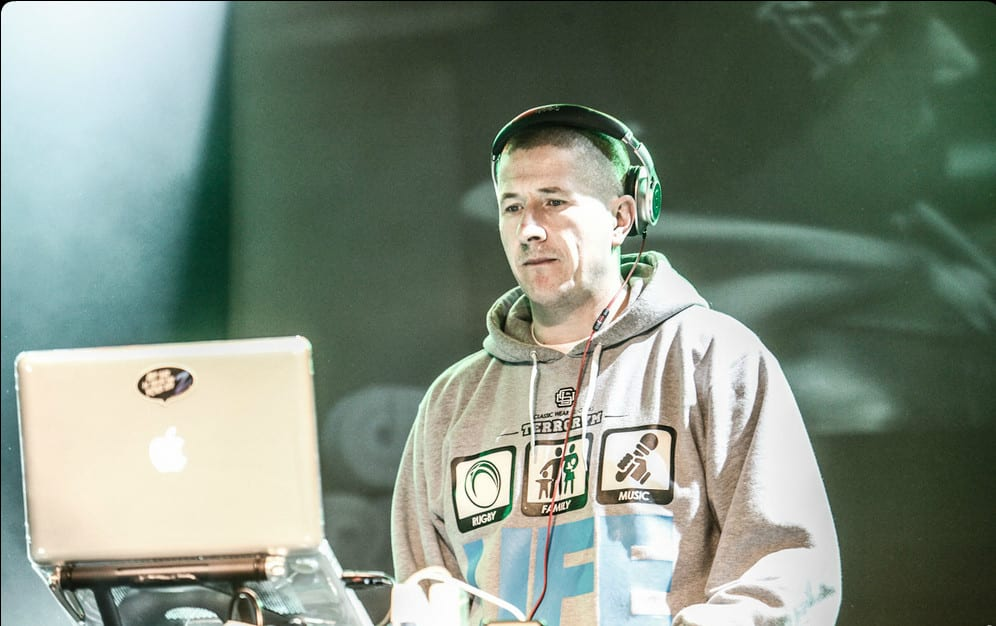 DJ Decks z bardzo mocnym przesłaniem dla polityka PiS-u