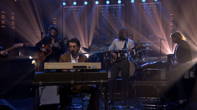 Arctic Monkeys na żywo u Fallona