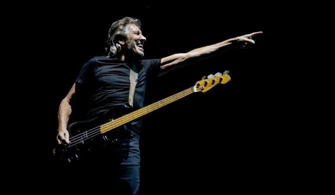 Roger Waters przeciwko Jarosławowi Kaczyńskiemu. Tym razem w Meksyku
