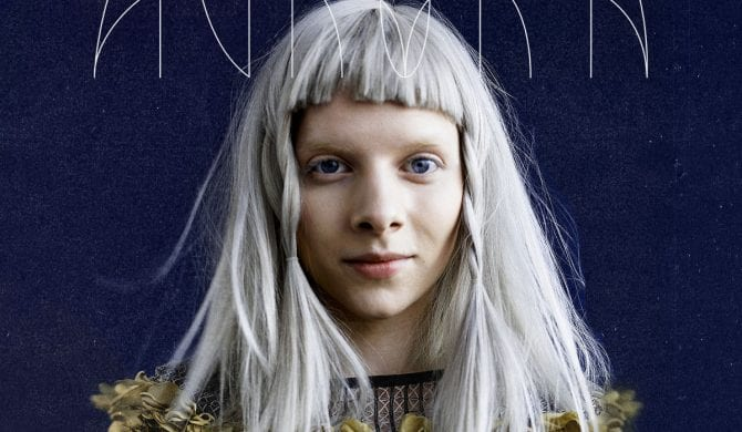 Aurora wraca do Polski
