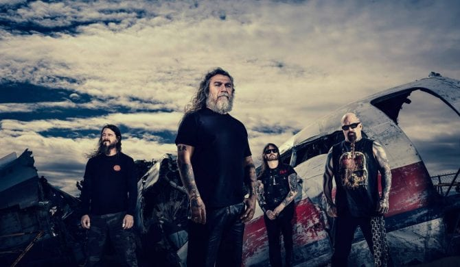Gitarzysta Slayera nie zwalcza już Kardashianów…