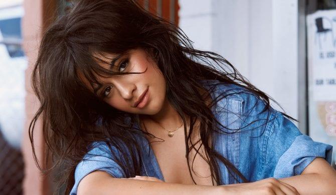 Camila Cabelllo: Nie jestem w stanie wyrazić jak bardzo żałuję i jak zażenowana jestem tym co robiłam
