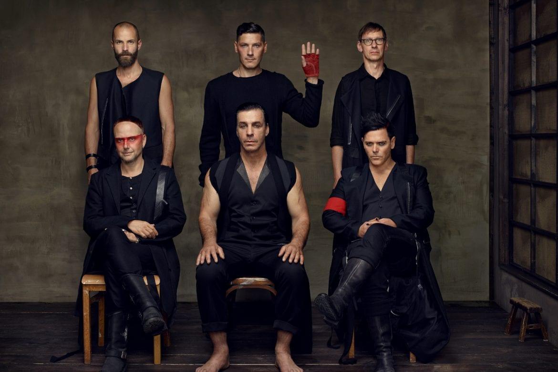 Rammstein odsłania kolejne karty