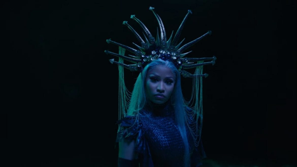 "Nicki Minaj z klipem do ""Hard White"""