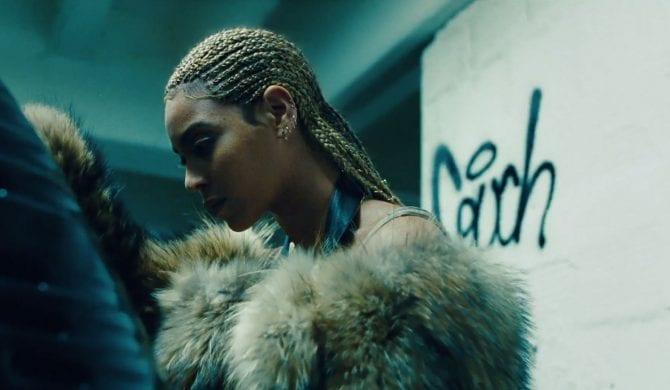 """Black Parade"" – premierowy utwór Beyoncé"