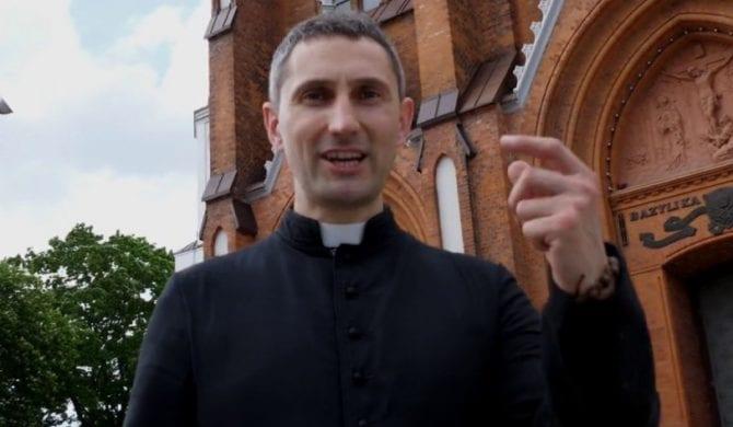 Ksiądz nagrał rapowy kawałek w odpowiedzi na film Sekielskich