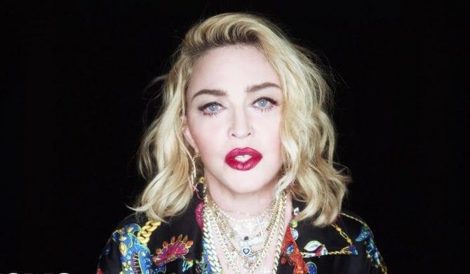 Madonna poszła na imprezę do klubu z odsłoniętym biustem