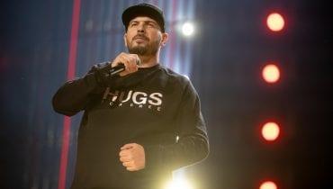 Drake poleca kurs rapowania z Ostrym w promocyjnej cenie. Tylko coś z tą promocją nie tak