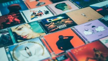 Jakie płyty kupują klienci Media Markt? W TOP10 nie brak zaskoczeń