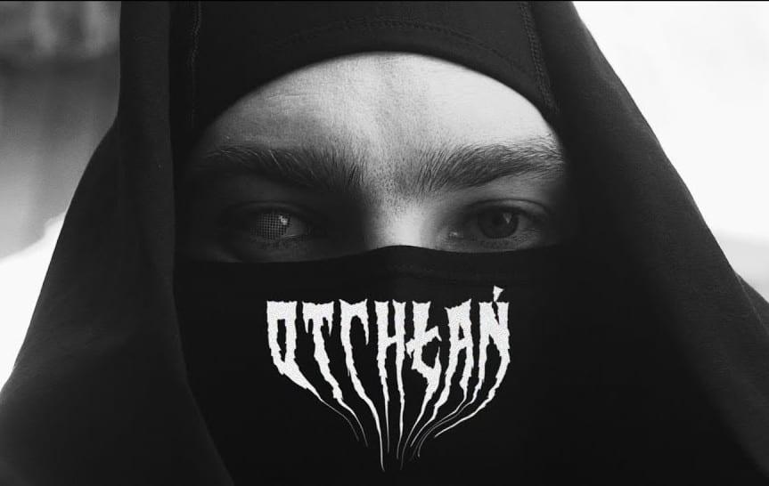 """""""Otchłań"""" – nowy kawałek i klip Gedza"""