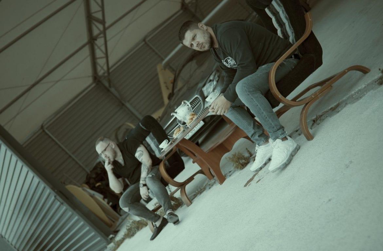 """Kaz Bałagane w nowym klipie promującym """"Spis dzieł sycylijskich"""""""