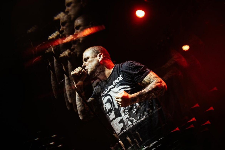 Phil Anselmo gra kawałki Pantery – zdjęcia z koncertu w Warszawie