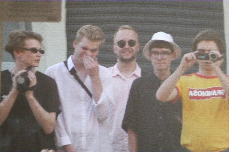 Solar, KACPERCZYK, Mata, Jan-rapowanie w klipie do wspólnego kawałka