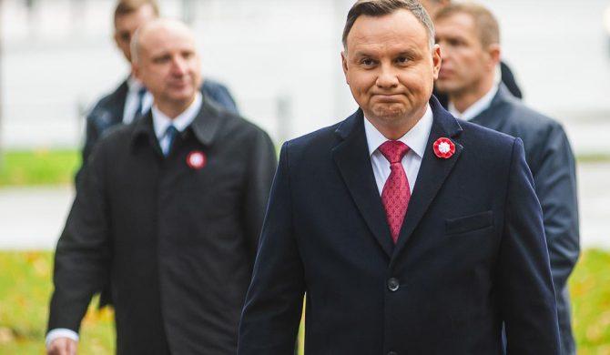 Czy Andrzej Duda jest za delegalizacją k-popu?