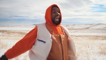 Kanye West z ojcem w nowym klipie