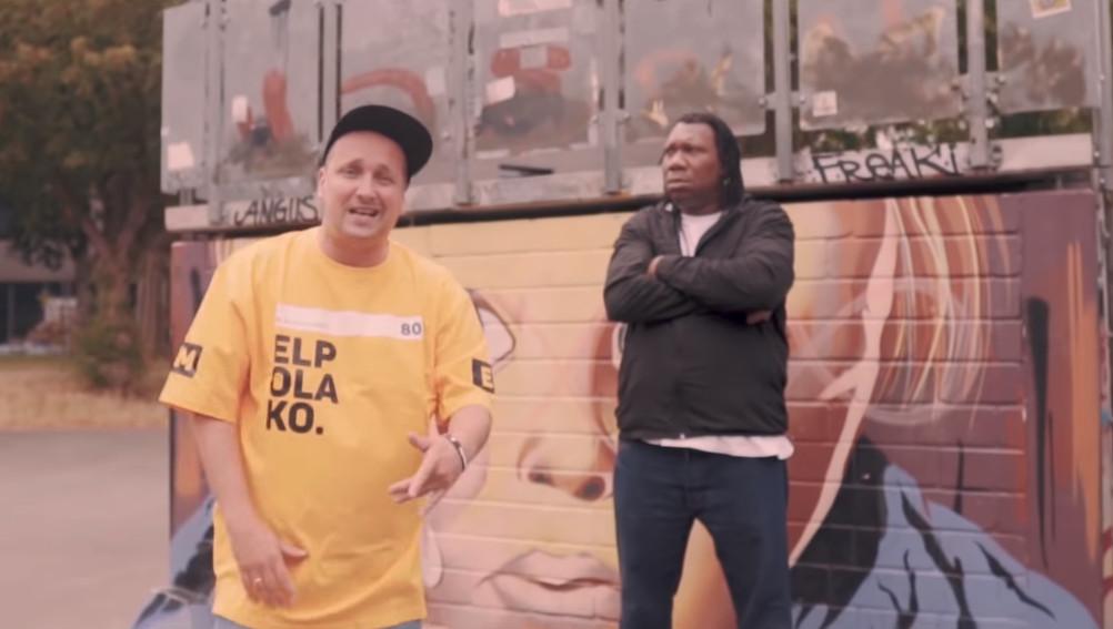 KRS-One w nowym singlu i klipie Młodego