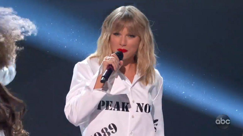 Taylor Swift z przekrojowym setem na gali American Music Awards