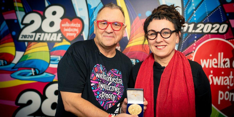 Noblowski Medal od Olgi Tokarczuk na aukcji WOŚP