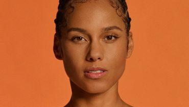 """Alicia Keys wspomina promocję debiutanckiej płyty. """"Fotograf chciał, bym pokazała mu trochę ciała"""""""