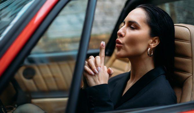 La Lana – posłuchaj nowego singla elektryzującej gwiazdy muzyki pop