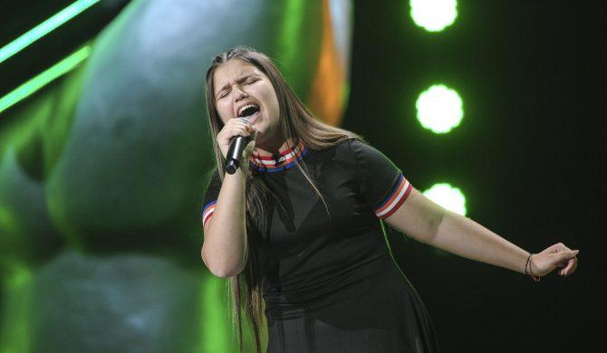 """14-latka zachwyciła jury swoją wersją """"Creep"""" Radiohead"""