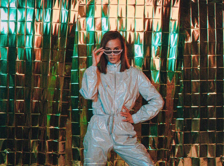 Natalia Szroeder w akustycznej wersji nowego singla