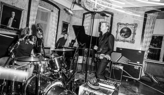 Johnossi zapowiadają koncert w Polsce